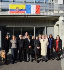 Visite de monsieur Mario Ruales, conseiller auprès du ministre de l'environnement de l'Equateur à l'ISA . © photo : S. Buthion CNRS DR7